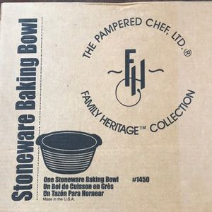 Stoneware baking Bowl - #1450 - Pampered Chef